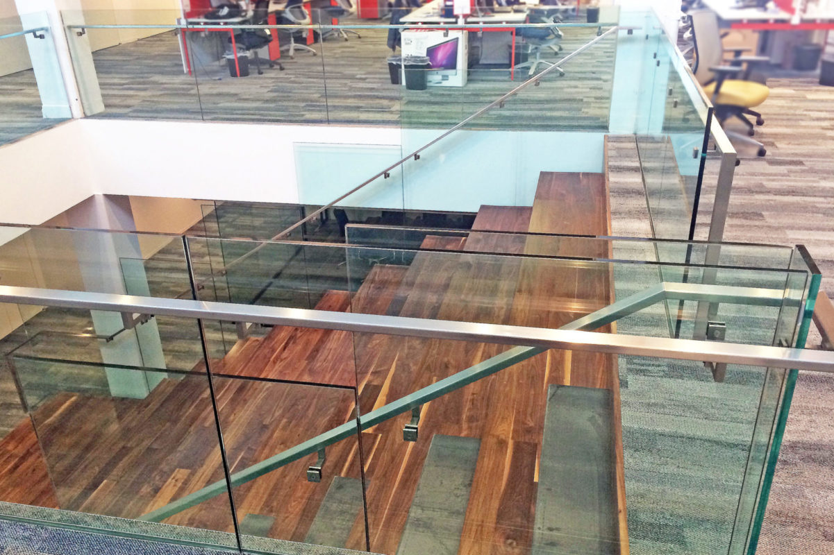 All Glass Guardrail With Custom Rectangular Stainless Steel Guardrail.