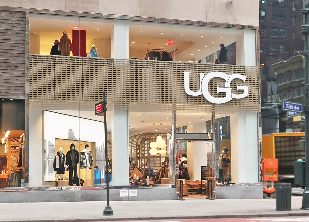 Custom Painted Waterjet Cut Paneling + Spandrel Panels.UGG 530 5th Avenue - New York, NYArchitect: Quezada Architecture
